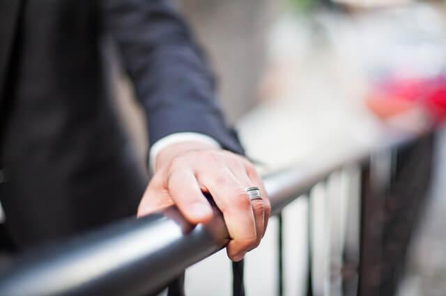 """""""Kekhawatiran Masalah Keuangan"""" Menjadi Alasan Meningkatnya Rata-rata Usia Menikah Pria di Jepang"""
