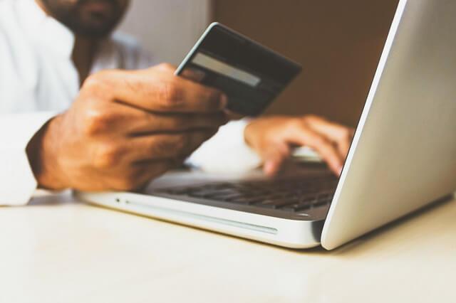Di Jepang, Bayar Tagihan Bulanan dengan Kartu Kredit Lebih Untung? Kelebihan dan Poin-poin yang Perlu Diperhatikan